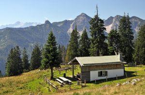 33-001-Inzeller Skihütte