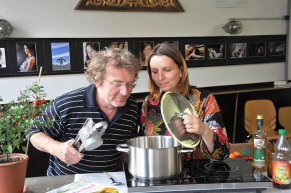 Michael Müller und Corinna Brauer, das Autorenteam der GscheitGut-Kochbücher