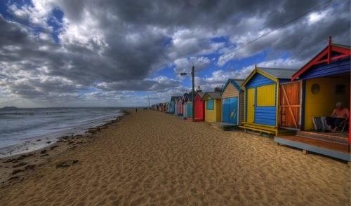 Dank Regenbogenfarben Müller-Flair am Brighton Beach.