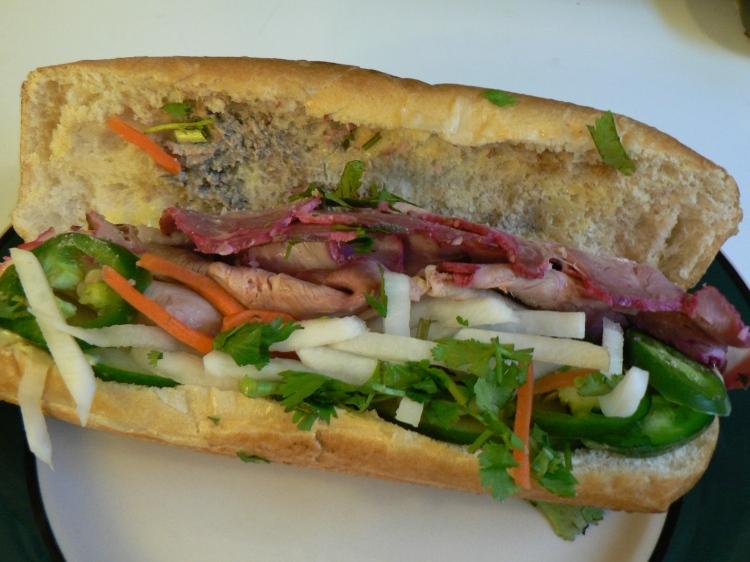 Bánh mì - ein klasse Snack für zwischendurch. Merci.
