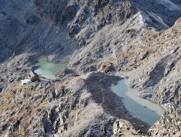 Rast auf 2875 Metern: Die Stettiner Hütte am Eisjöchl.