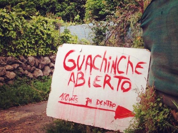 Abierto heißt geöffnet! Eine Guachinche in der Nähe von La Orotava.